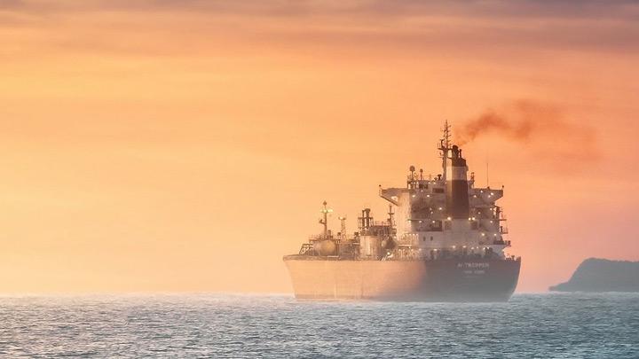 حمل و نقل دریایی و کشتیرانی