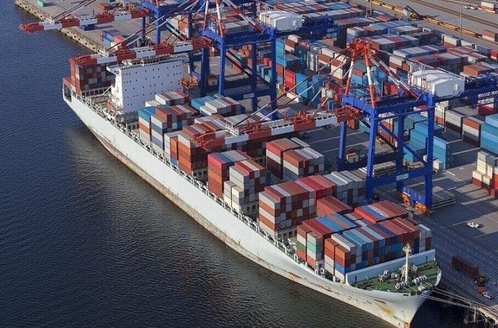کاهش صادرات غیرنفتی در سال 99/ایران آماده صادرات فعال خواهد شد؟